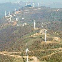 ΘΕΛΟΥΝ βουνοκορφές για ανεμογεννήτριες! Να γιατί καίγονται τα παρθένα δάση στην Εύβοια...